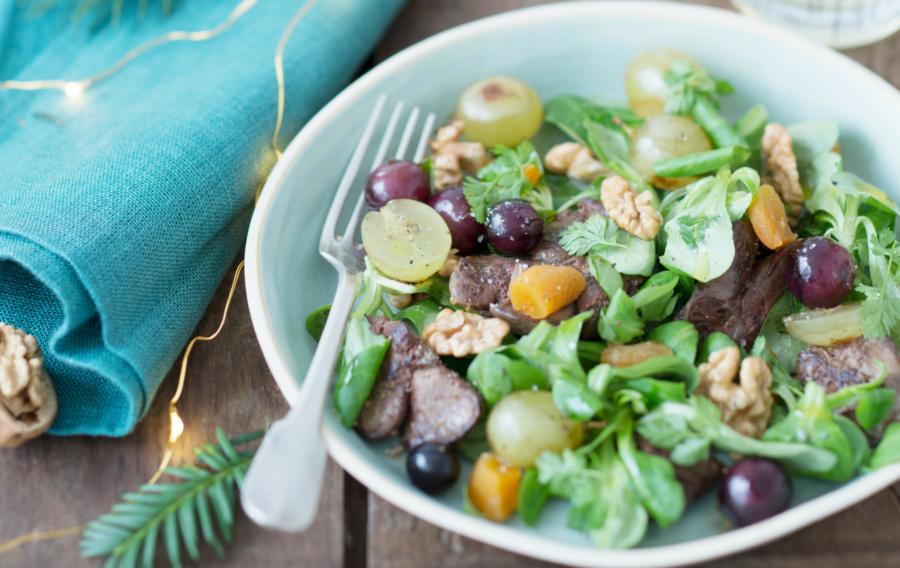 Salade d'hiver à la Noix et huile de Noix du Périgord